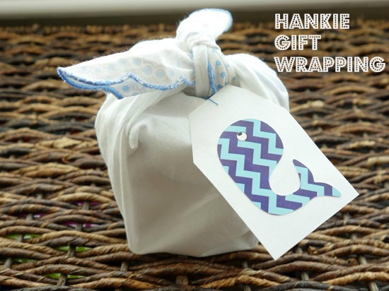 Gift Giving Idea: How To Gift Wrap With