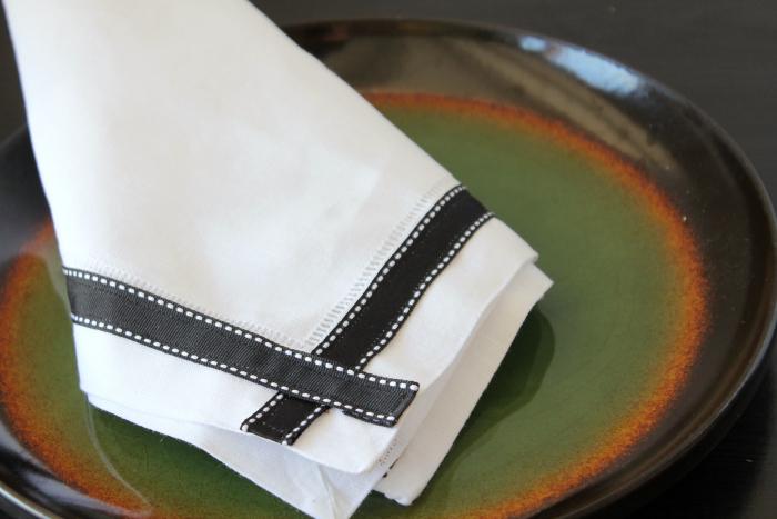 Ribbon Trimmed Napkin Process bottom