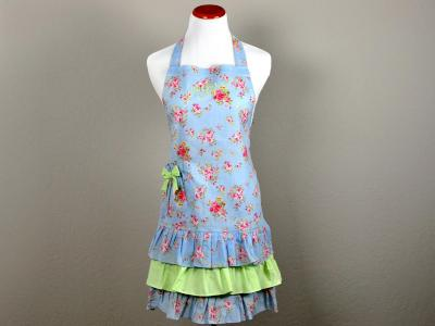 Vintage Inspired Romantic Spring Hostess Apron