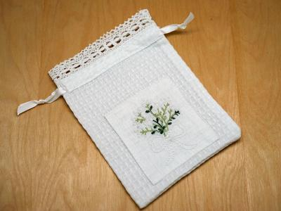 Set of 2 Favor Bags with an Lily of the Valley