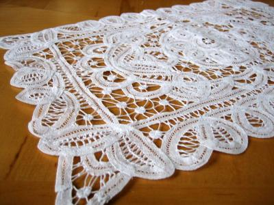 Tray Cloths / Doilies
