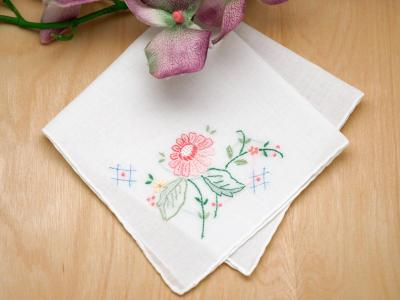 Set of 3 Peach Dahlia Handkerchiefs