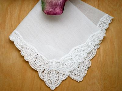 Pinwheel German Guipure Lace Ladies Handkerchief