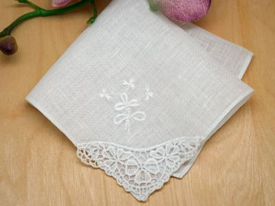 Irish Linen Lace and Clover Embroidered Handkerchief