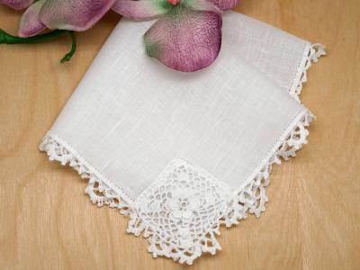 Irish Linen Clover Ladies Lace Handkerchief