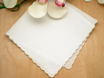 Set of 3 Ivory Scallop Edge Ladies Handkerchiefs