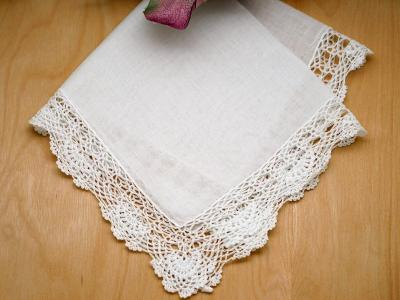 Scalloped Band Lace Wedding Handkerchiefs