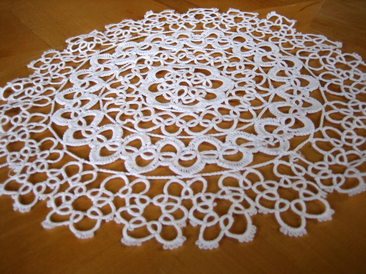 White Tatting Lace Round Doily 10""
