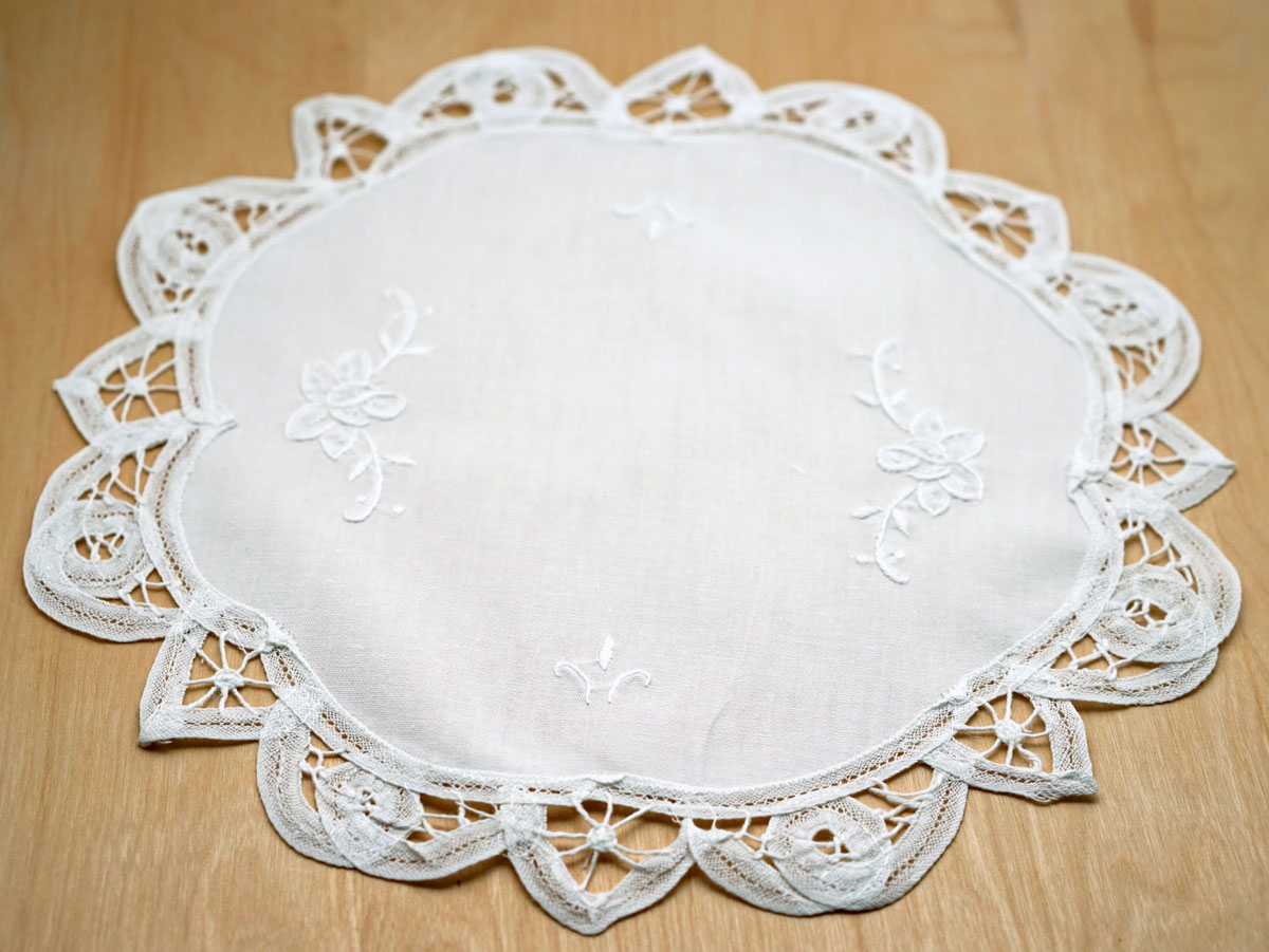 Floral White Battenburg Lace Round Doily