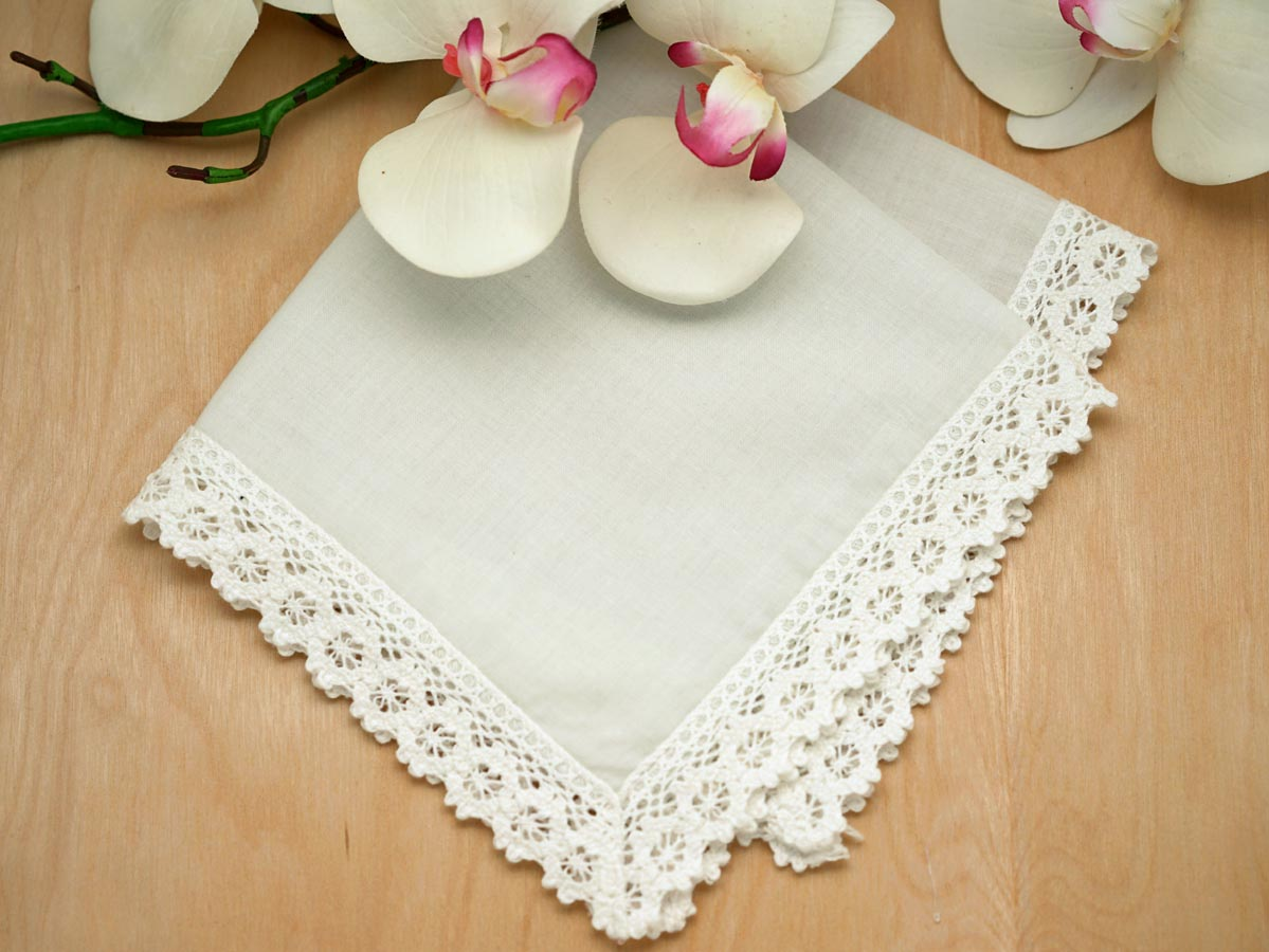 Set of 3 Ivory Daisy Tip Lace Wedding Handkerchiefs