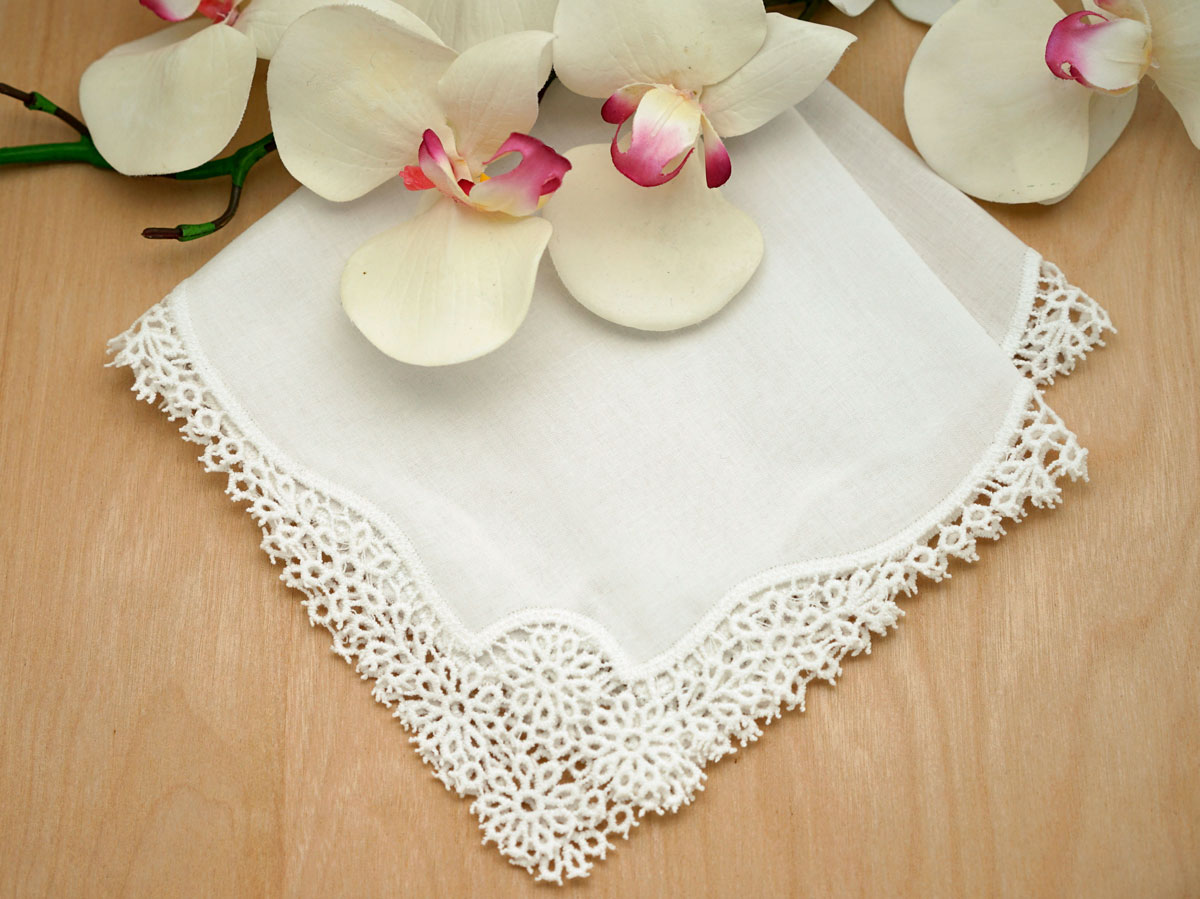 Set of 3 Ivory Daisy Cluny Lace Wedding Handkerchiefs