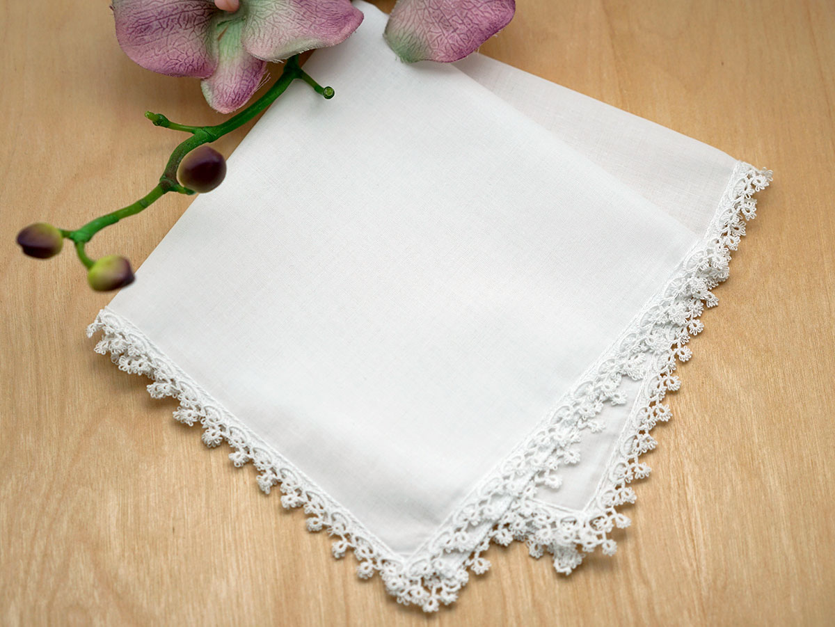 Set of 3 Delicate Tatting Lace Wedding Handkerchiefs