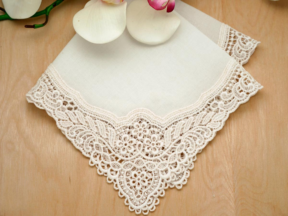 Ivory Floral German Plauen Lace Ladies Handkerchief