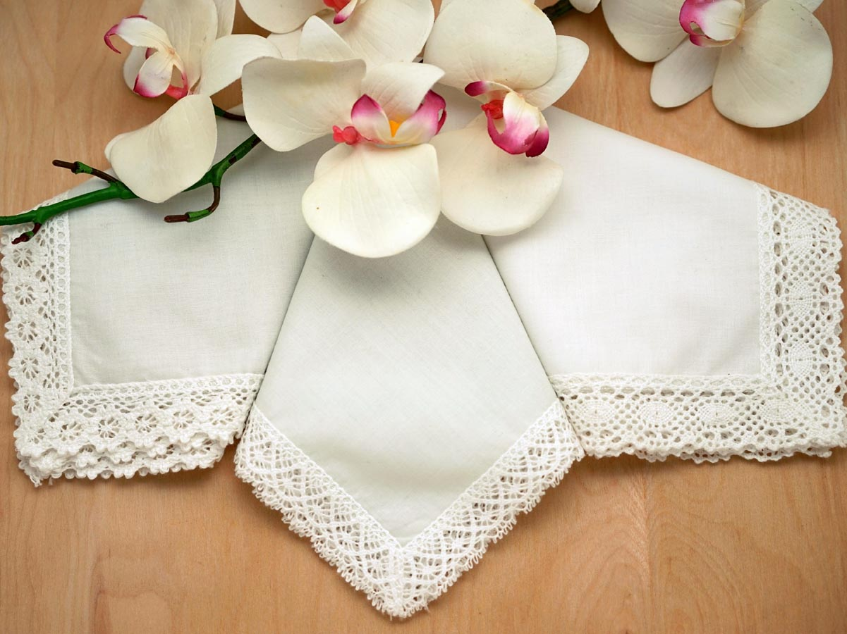 Bridal Set of 3 Different Ivory Lace Wedding Handkerchiefs