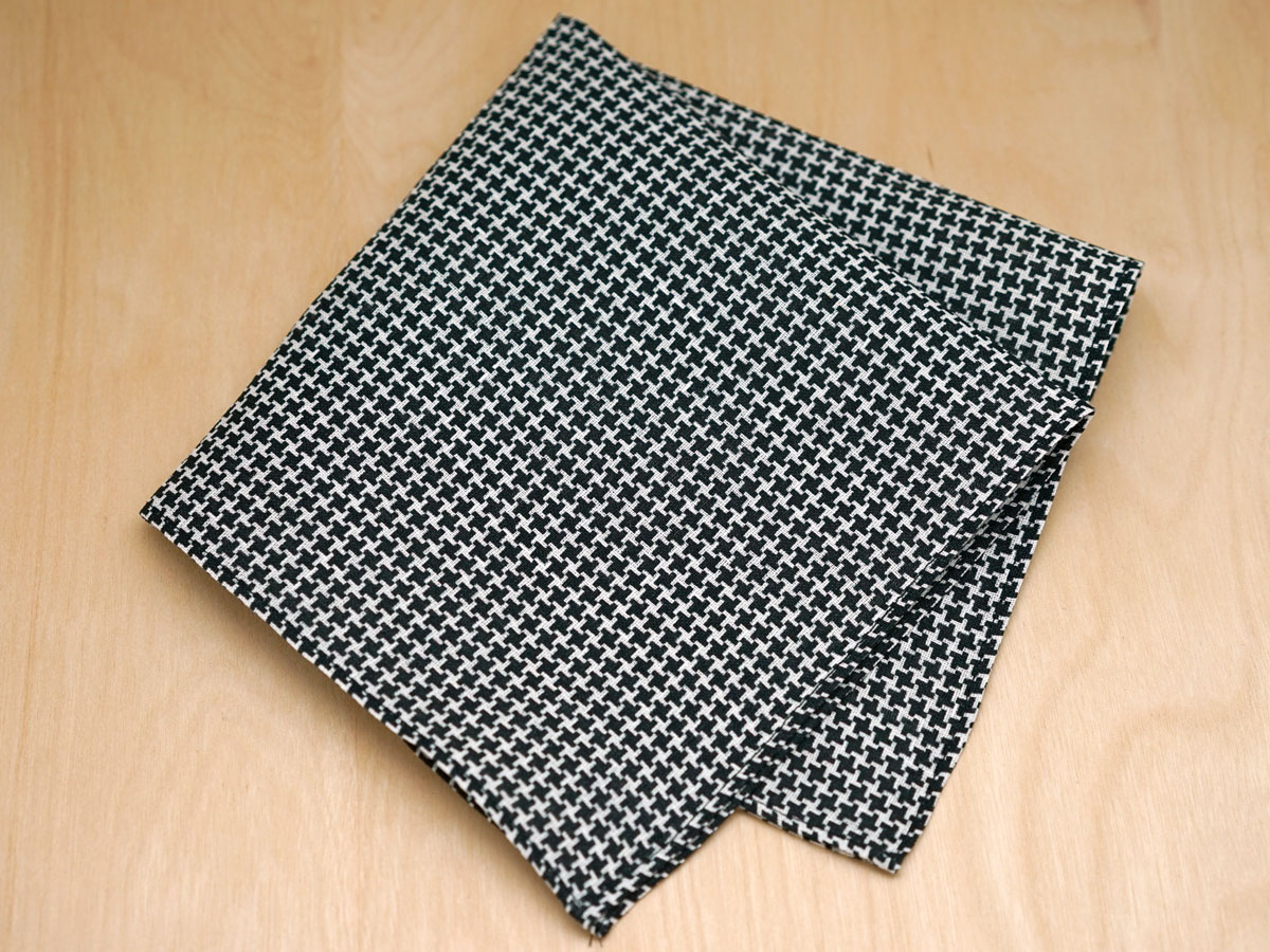 Black Houndstooth Mens Linen Pocket Square