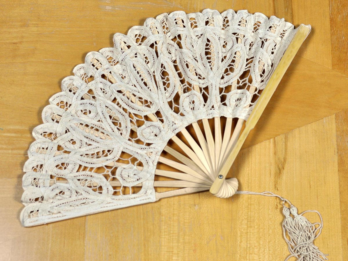 Ecru Wedding Battenburg Lace Fan