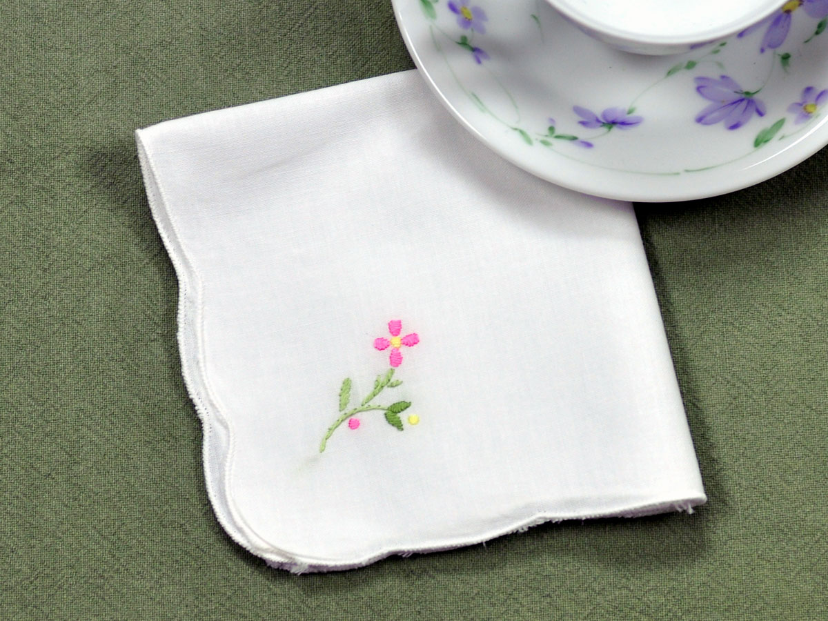 1 Dozen Pink Embroidered Daisy Luncheon Napkins