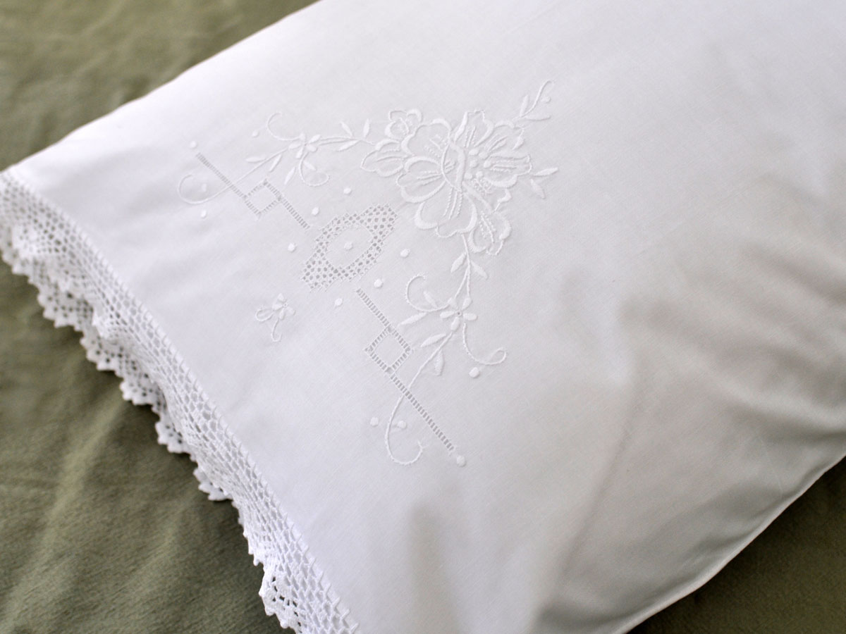 Pair of Cotton Pillowcases with Flowers and Crochet Lace Edges