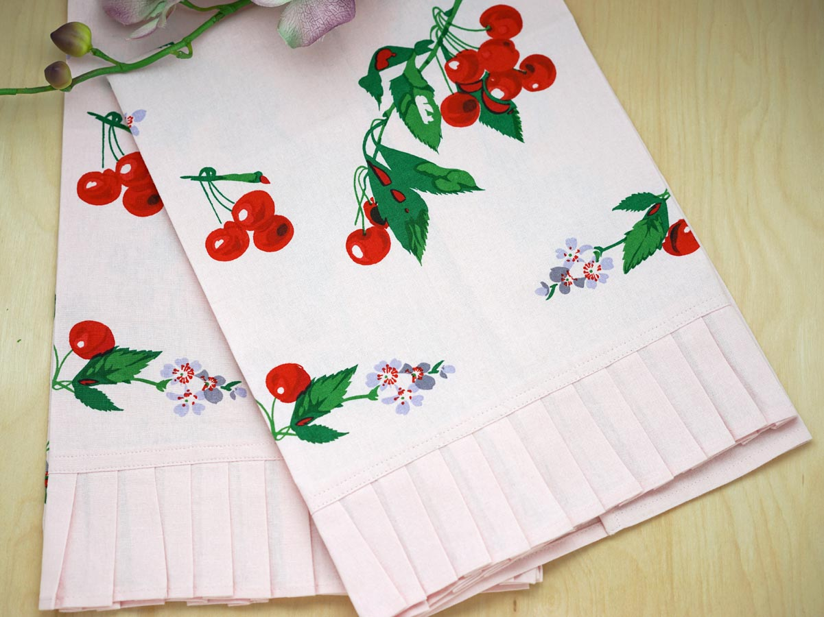 Set of 2 Pink Vintage Inspired Cherry Print Tea Towels