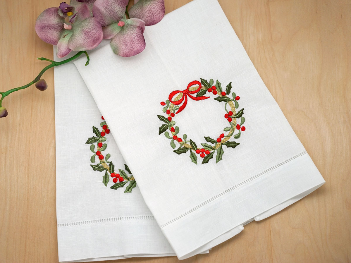 Set of 2 Christmas Wreath Hemstitched Hand Towels