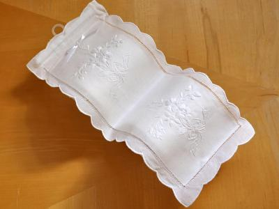 Double Linen Toilet Paper Cover with Embroidered Flowers