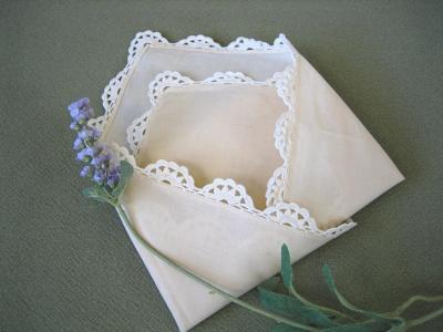 1 Dozen Ecru Scalloped Crochet Lace Dinner Napkins