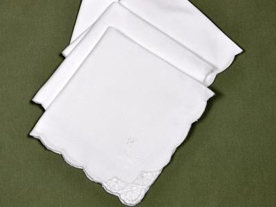 1 Dozen White Dinner Napkins with Crochet Lace Corner
