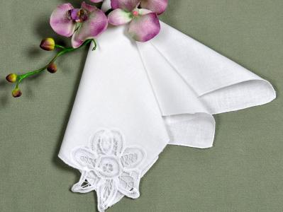 1 Dozen White Linen Battenburg Lace Dinner Napkins