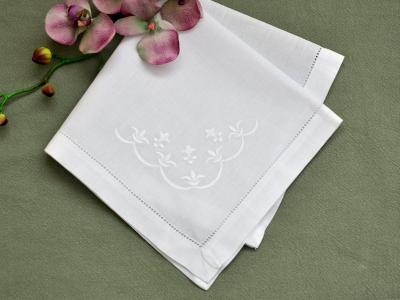 1 Dozen White Linen Dinner Napkins with Fleur De Lis