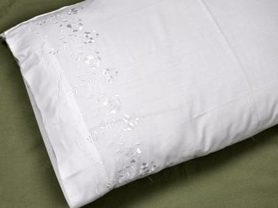 Pair of Cotton Pillowcases with Flower Vines