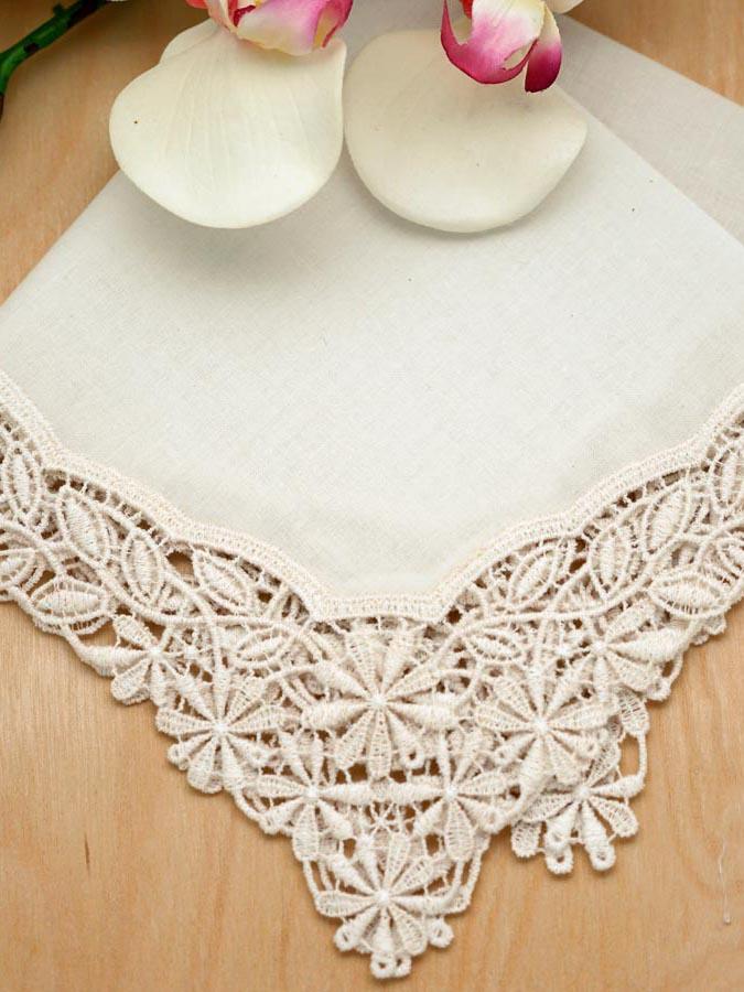ivory daisy german plauen lace ladies handkerchief