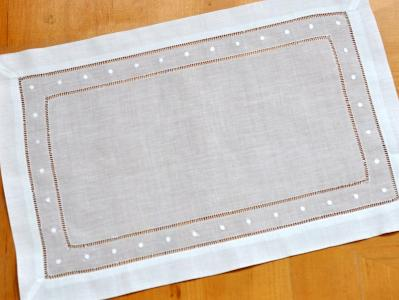4 Pc Set White Hemstitched Linen Placemats w/Dots