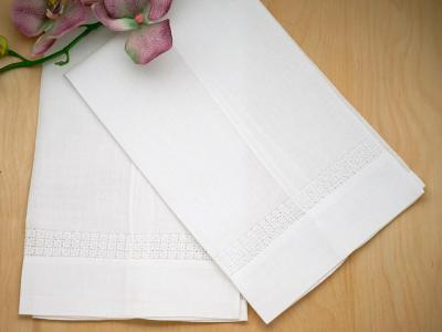 Set of 4 Linen Hand Towels With Circle Band Border