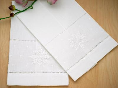 Set of 4 Holiday Linen Hand Towels with Snowflakes