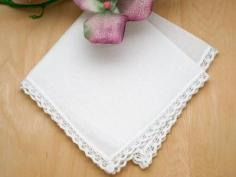 Set of 3 Triangle Tatting Lace Wedding Handkerchiefs