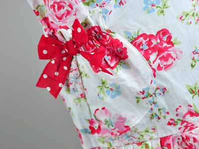 Mother and Daughter Vintage Inspired Sweetheart Apron Set