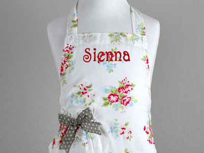 Mother and Daughter Vintage Inspired Floral Apron Set