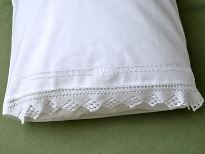 Pair of Linen Pillowcases with a Daisy and Triangle Lace Edges