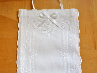 Double Linen Toilet Paper Cover with Embroidered Bouquet