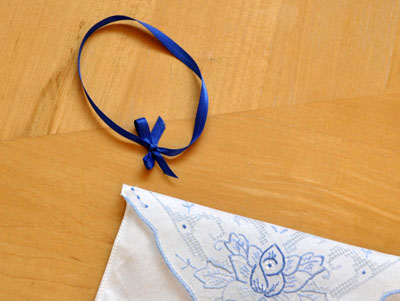 Directions How To Make A Wristlet Hanky